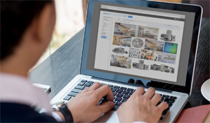 customer browsing b2b site